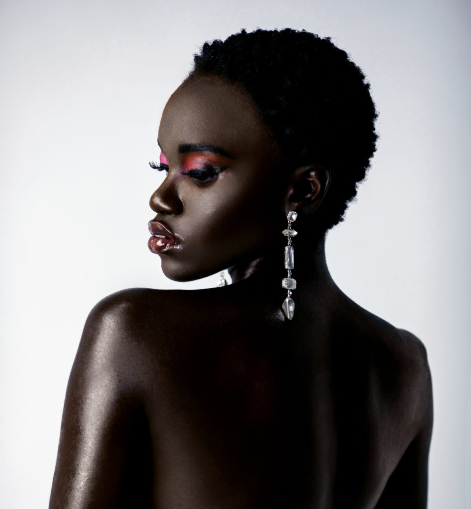 Clean & Serene Black Lady With Diamond Earring
