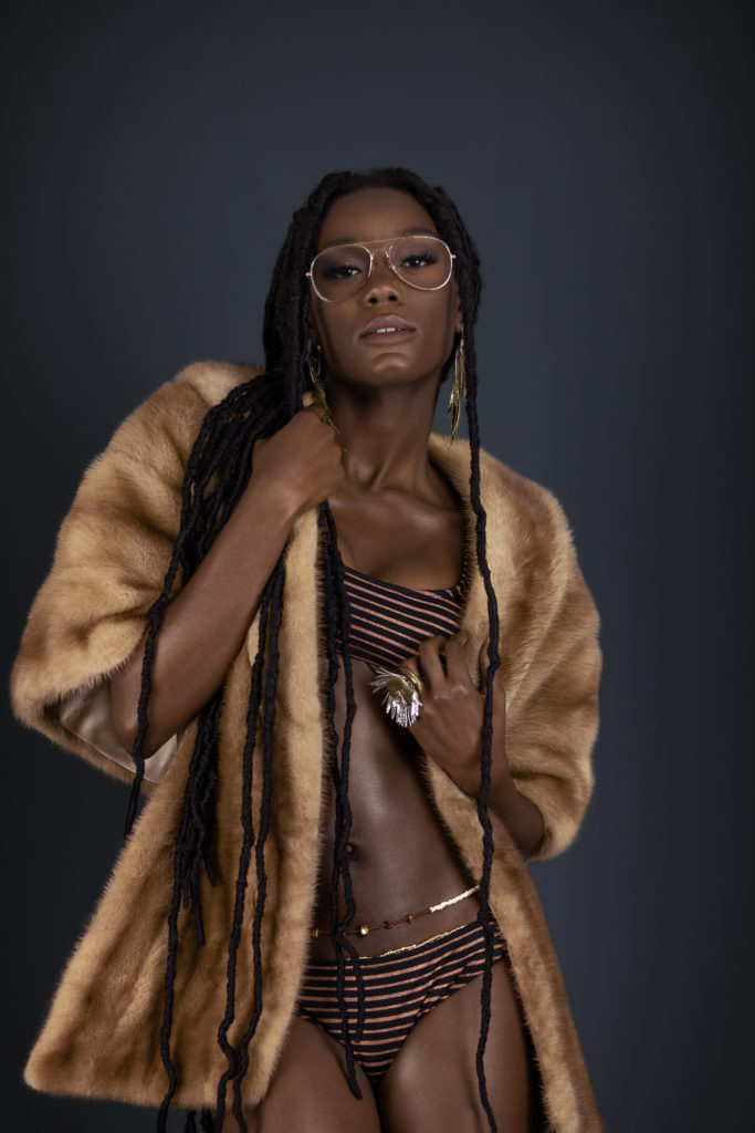Avantgardist Black Lady in Fur