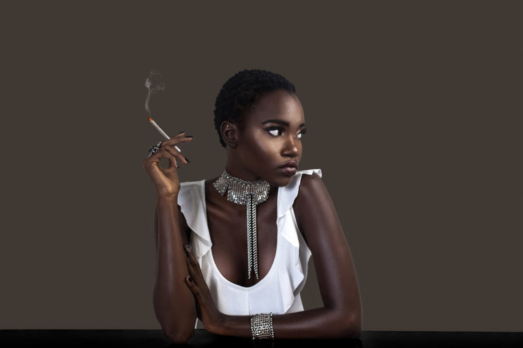 Joint Smoking Serene Black Lady in Silver Jewelry
