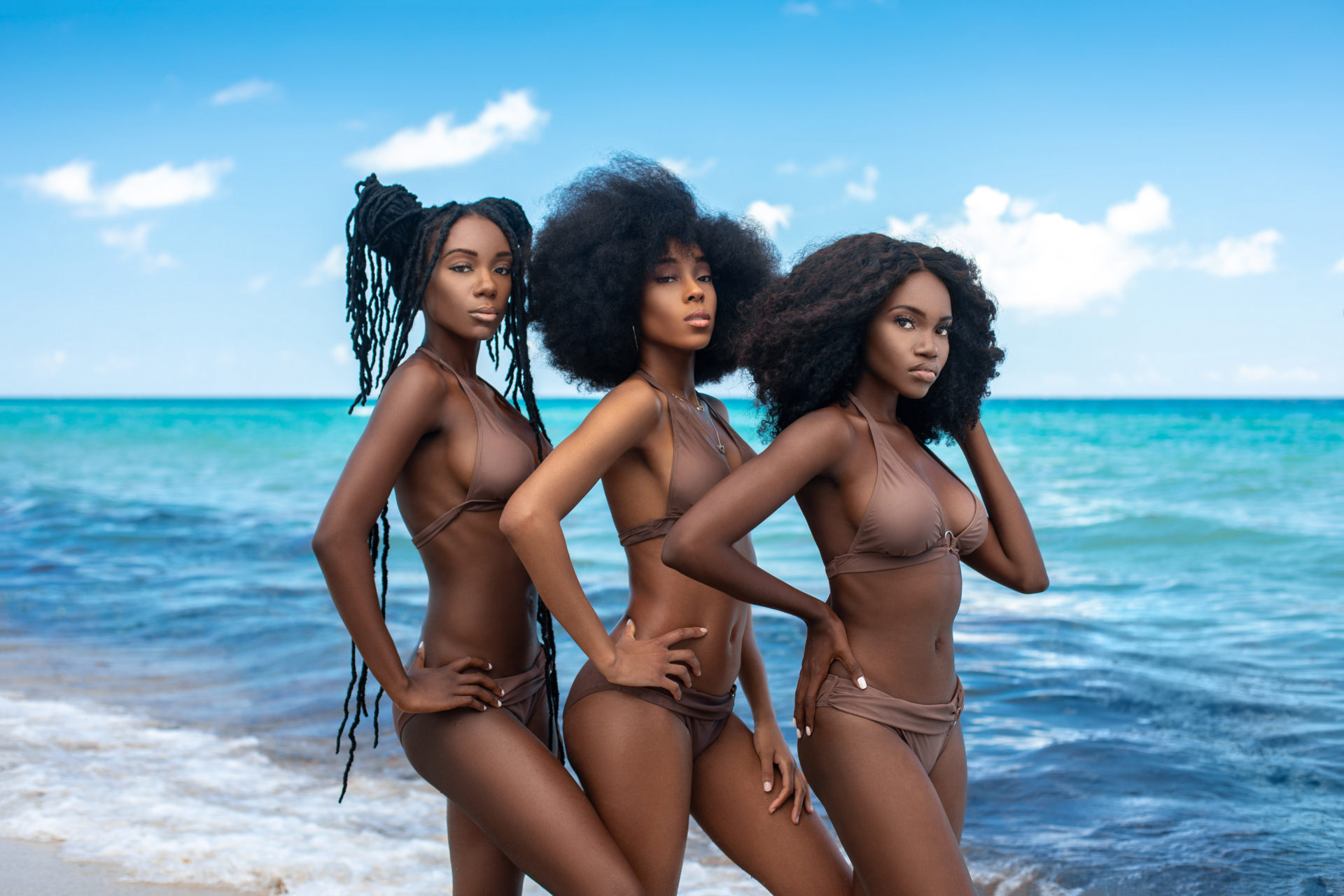 Chocolate, Sugar & Water: Sensual Afro Queens
