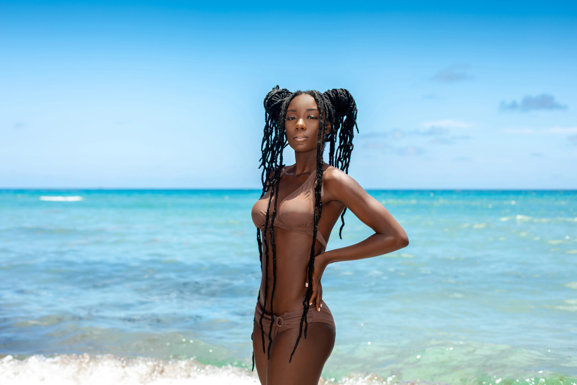 Tropical Beach Elegant Black Dreadlock Queen